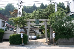 2013.08.15.shirohachiman1.JPG